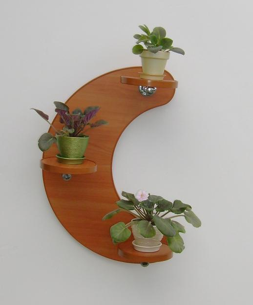Подставка для цветов на стену из дерева