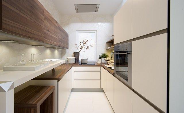 создаем интерьер длинной узкой кухни самостоятельно