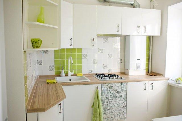 малогабаритные кухни с газовой колонкой