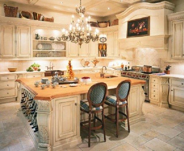 роль люстры в кухне