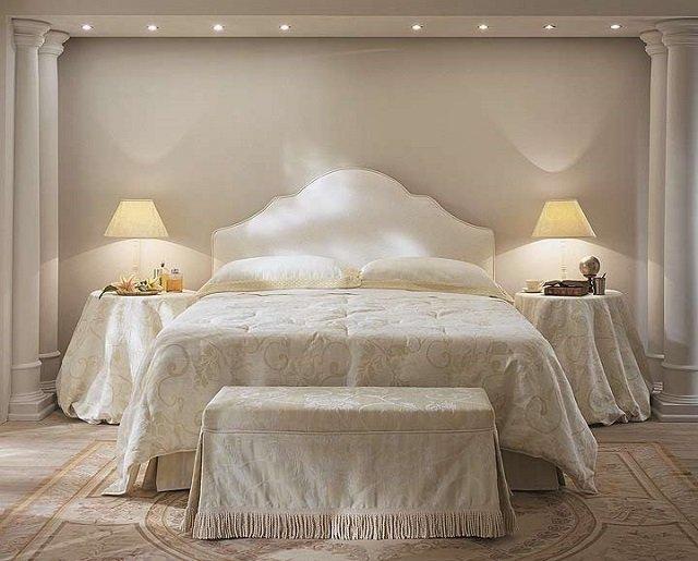 Классика в интерьере спальня