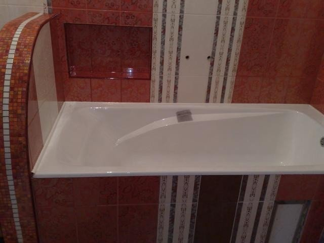 стильный дизайн малогабаритной ванной комнаты