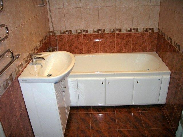 таким может бвть  дизайн ванной комнаты 170х170 площадью