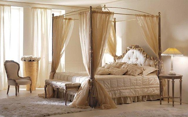вариант интерьера спальной кровати с балдахином
