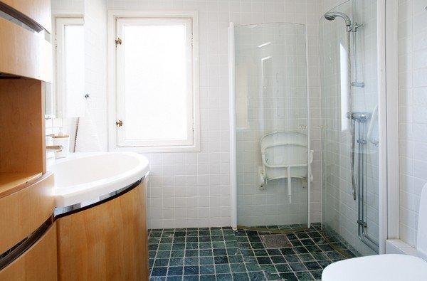 неплохой дизайн гостеприимного дома в традиционном стиле