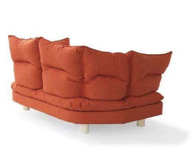 оригинальный комфортный диван-конвертик