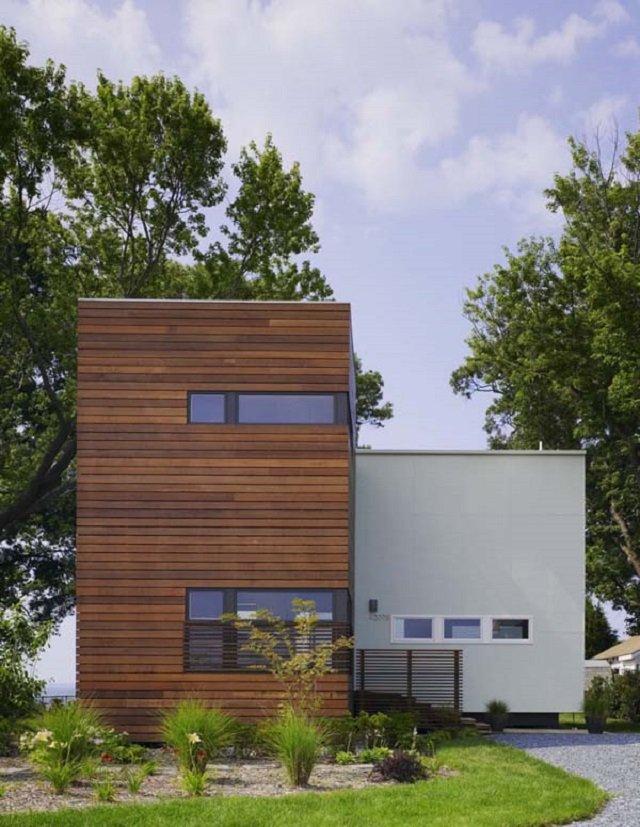 современный уединенный дом сменить на старую лачугу