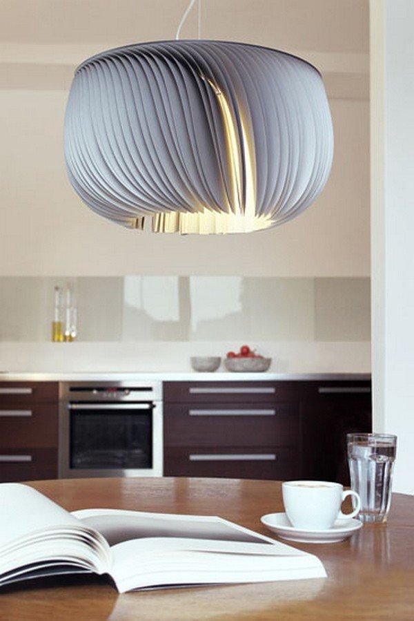 бумажная лампа в интерьере кухни