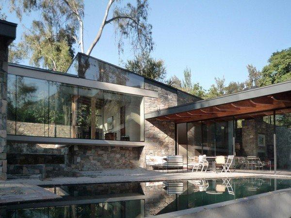 дизайн двора с бассейном