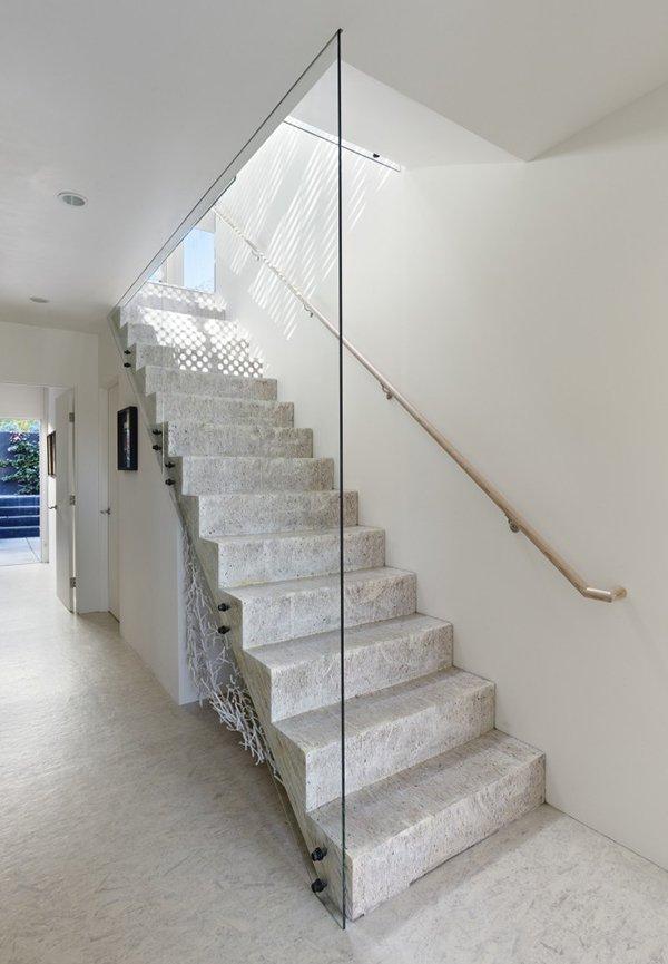 дизайн лестницы в доме фото