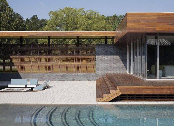 современный дизайн двора частного дома