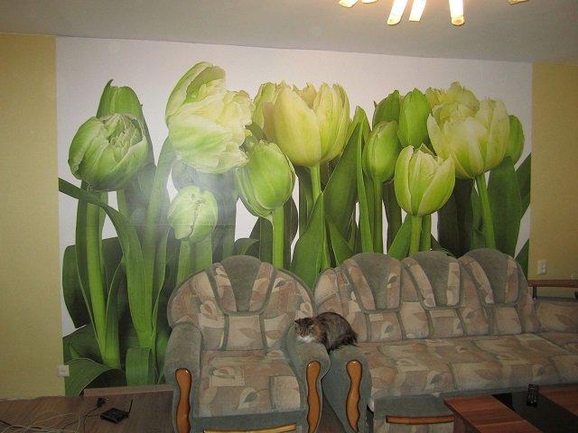 Фотообои тюльпаны в интерьере комнат ...: www.v-interere.ru/raznoe/fotooboi-tyulpany-v-interere-komnat-s...