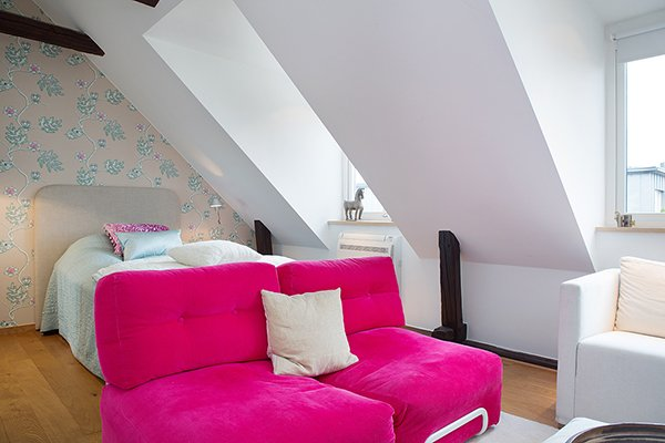 Details-Bedroom-Blue-with-Pink