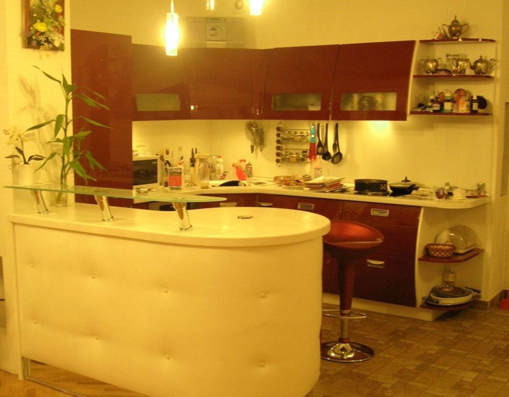 Фото дизайн интерьера кухни с барной стойкой