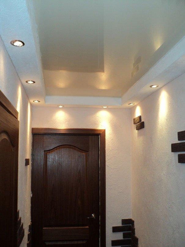 Двухуровневый потолок в прихожей фото