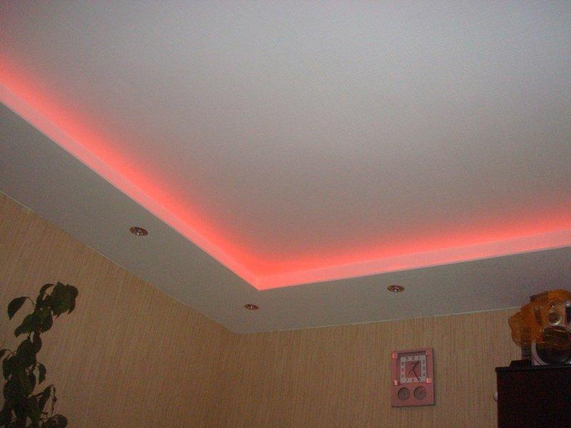 Lampe plafond cuisine travaux de renovation lot et for Pose de dalles polystyrene au plafond