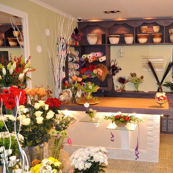 Интерьер магазина цветов фото