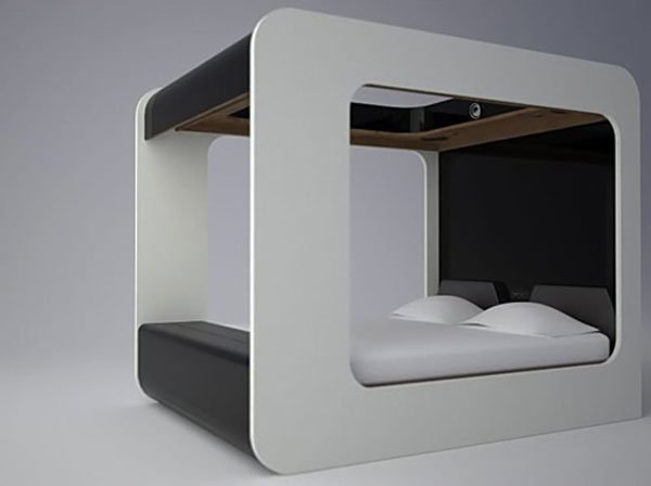 high-fidelity-canopy_bed