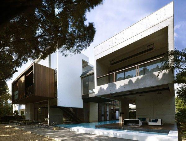 Apartment-House-by-Formwerkz-Architects-2
