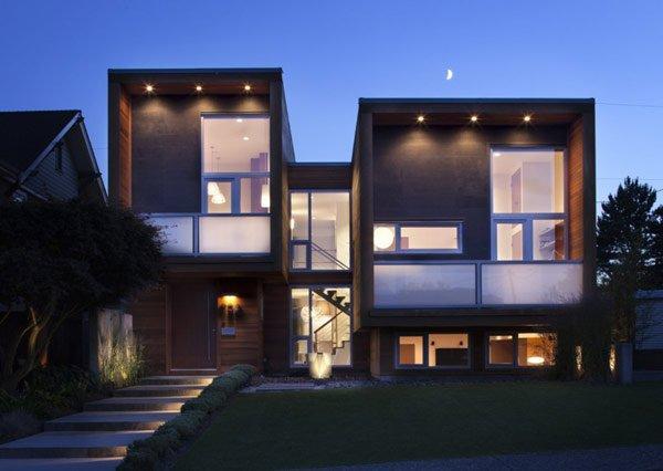 House-on-Chilliwack-Street-facade