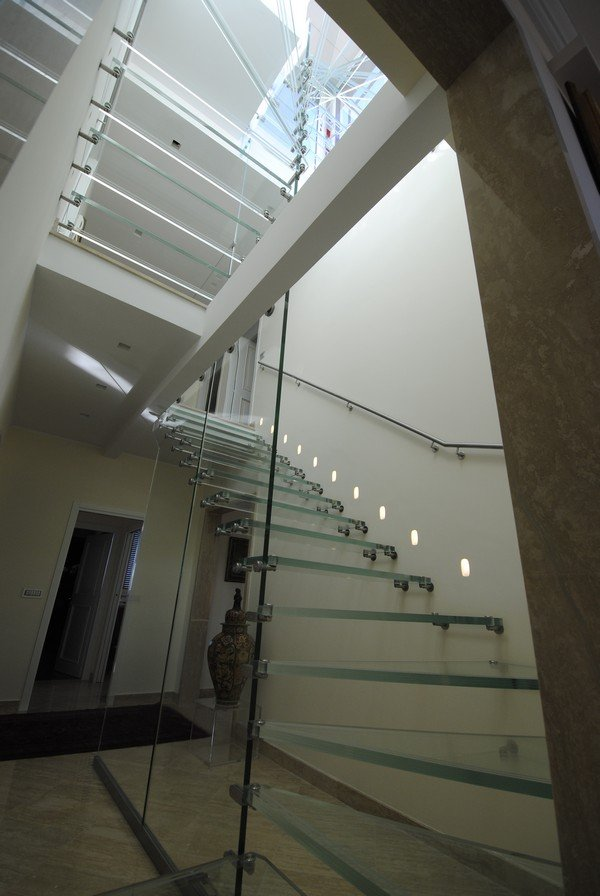 Modern-Stairs-12.jpg