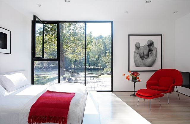 red-accents-in-bedrooms-30.jpg