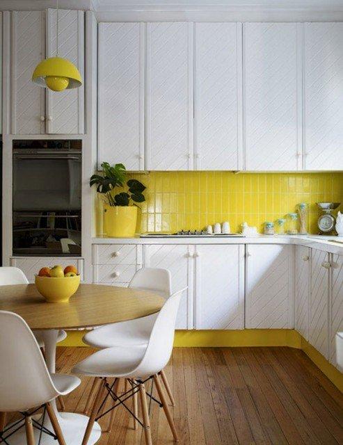 фотографии желтой керамической плитки на кухне