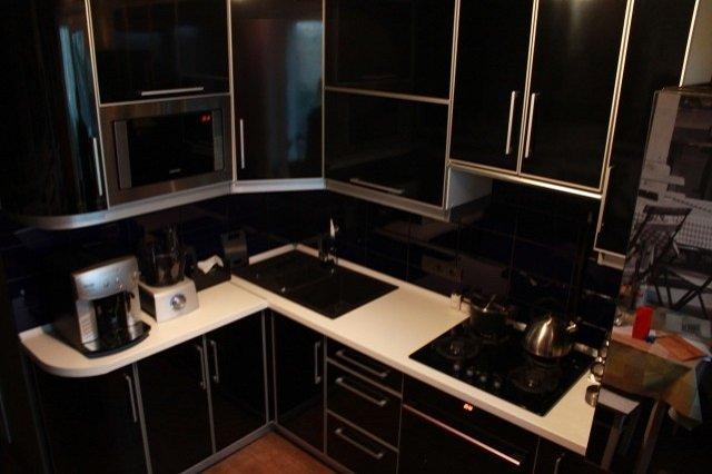 мебель в интерьере кухни 6м2