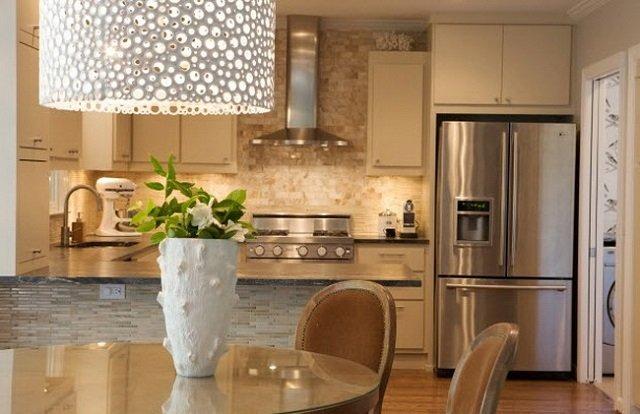 дизайн профессионалов освещения кухни