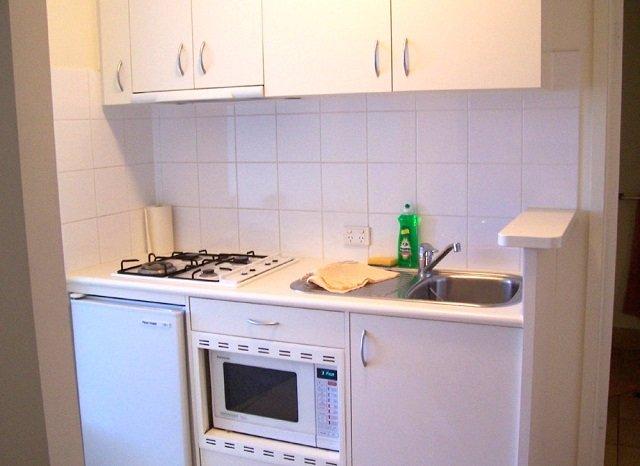 малогабаритные квартиры с маленькими кухнями