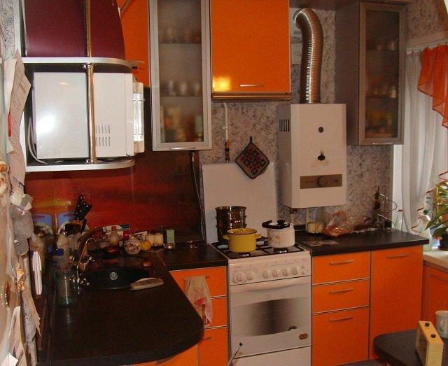вариант дизайна кухни с котлом