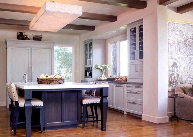 идея по расположению стола на кухне