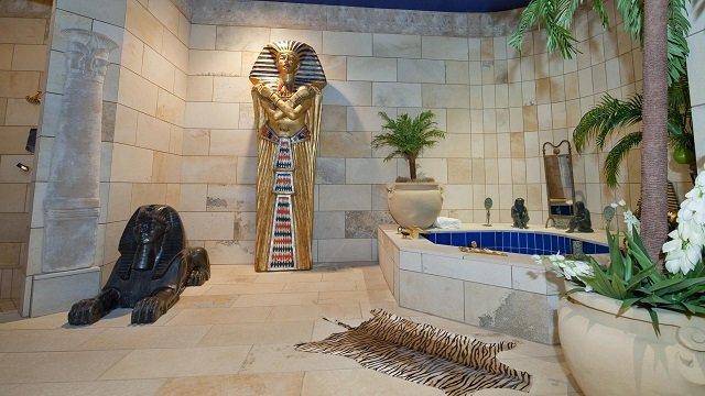 египетский вариант дизайна ванной комнаты