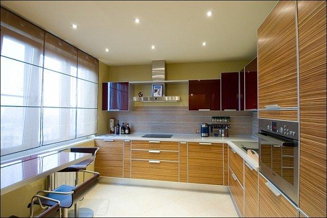 идея интерьера квадратной кухни