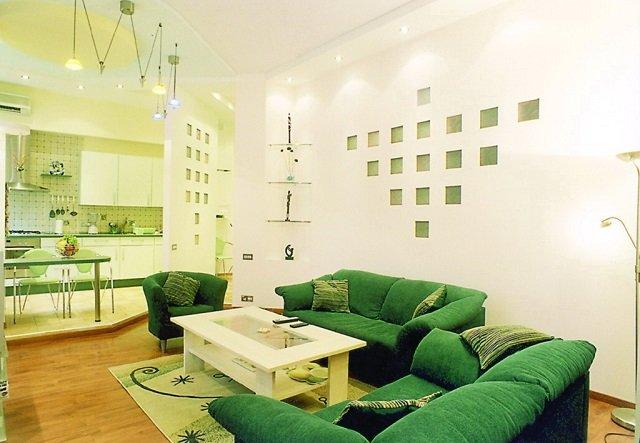 интерьер гостиной в зеленых цветах