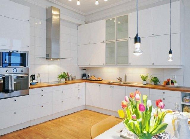 интерьер светлой кухни