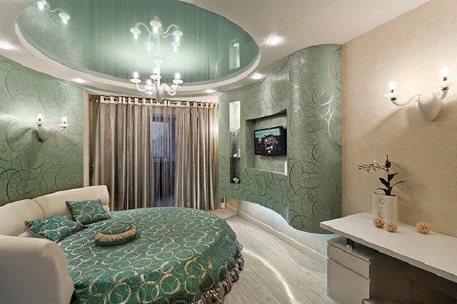 круглая кровать в спальне со вкусом