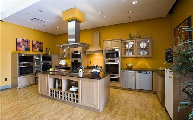 кухни с островом 21 века