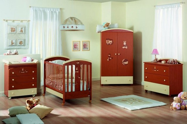 неплохой вариант комнаты для младенца
