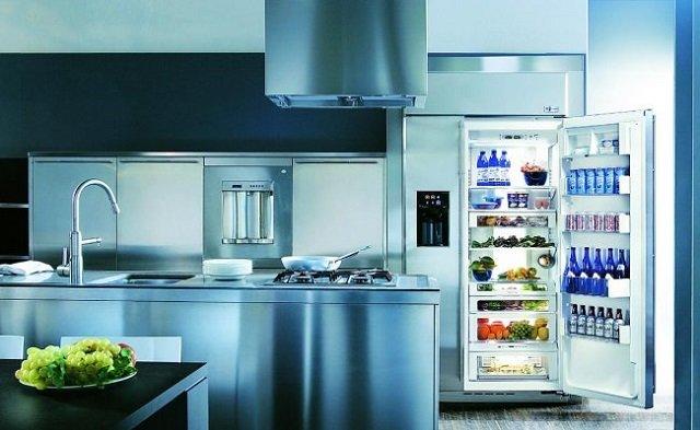 подбор холодильник в интерьер кухни