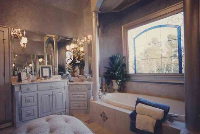 типовые ванные комнаты с нестандартным стилем