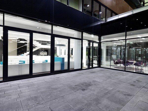 дизайн мебели для современного офиса в Вене