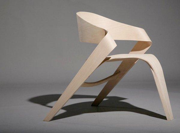 динамичный стул Копенгаген от Alvaro Uribe