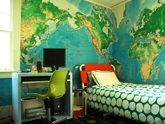 фотообои карта мира в интерьере