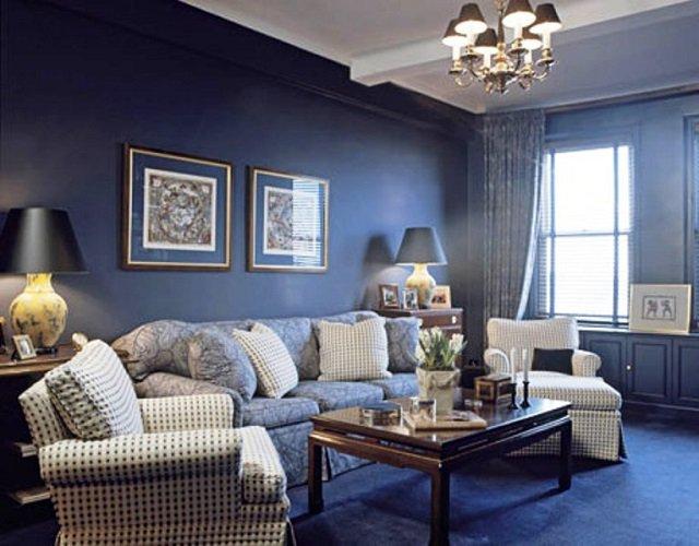 синие обои в гостиной фото