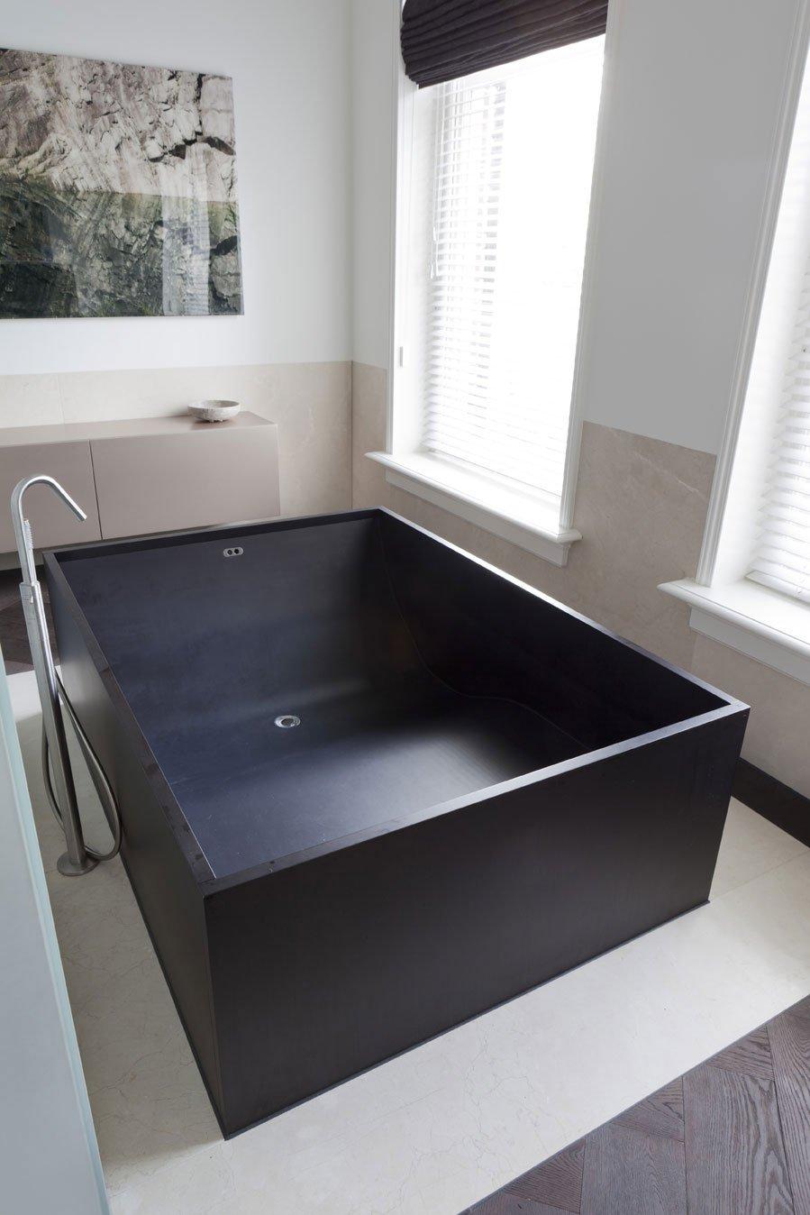 черная ванна фото