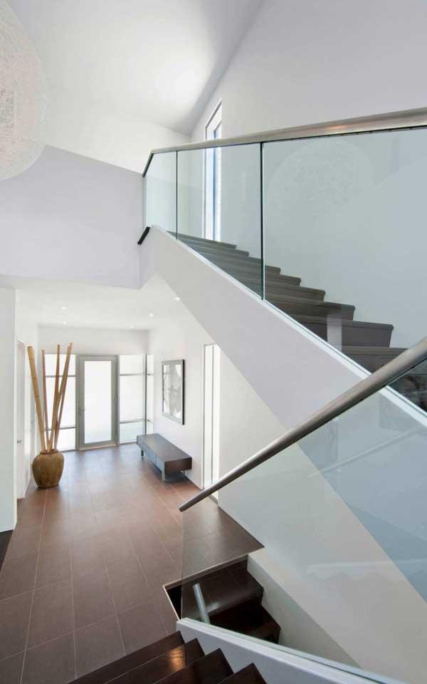 дизайн лестницы на второй этаж фото
