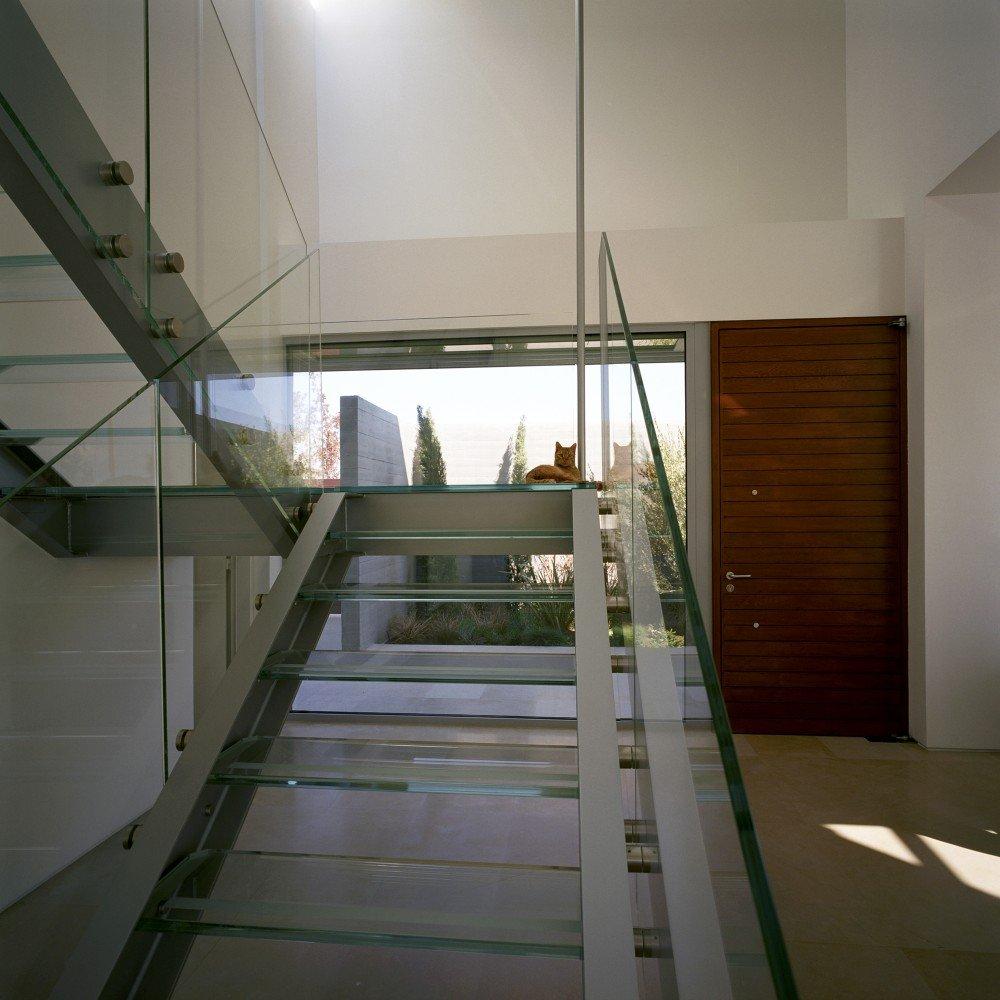 лестница из стекла фото