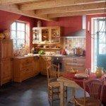 дизайн кухни для дачи с окном