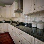 бело черные кухни фото